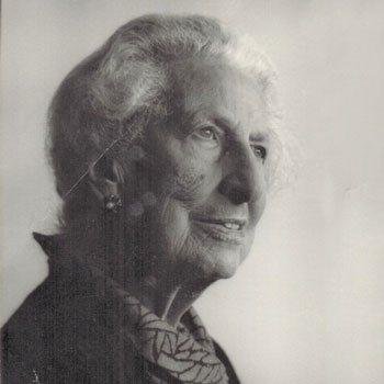 Dame-Geraldine-Aves